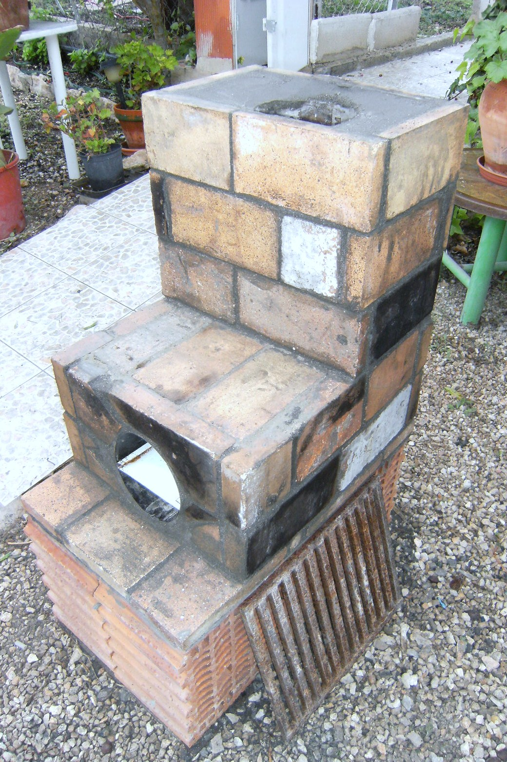 how to make a rocket stove with bricks